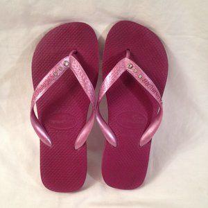 Havaianas US 6 Pink Bejeweled Flip-Flops Sandals